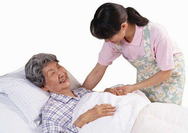 trị loét cho người nằm lâu