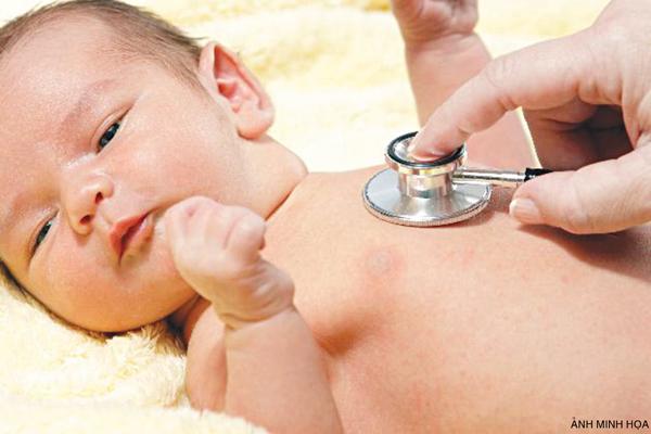 Bệnh tim bẩm sinh ở trẻ nhỏ